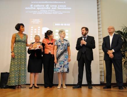 "Premio a ""A Casa Lontani da Casa"""