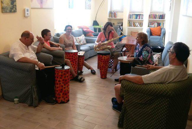 Musicoterapia a supporto dei nostri ospiti di Roma Trigoria
